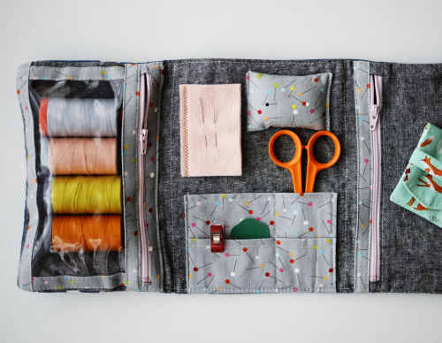 Fold up sewing folio by aneela hoey